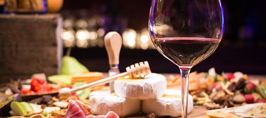 Wino w kuchni - 6 faktów i ciekawostek