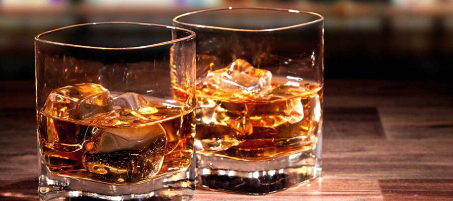 Whisky do 100 zł - doradzamy jaką wybrać!