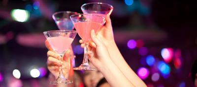 Alkohol na prezent na 25. urodziny - wybierz wyjątkowy prezent!