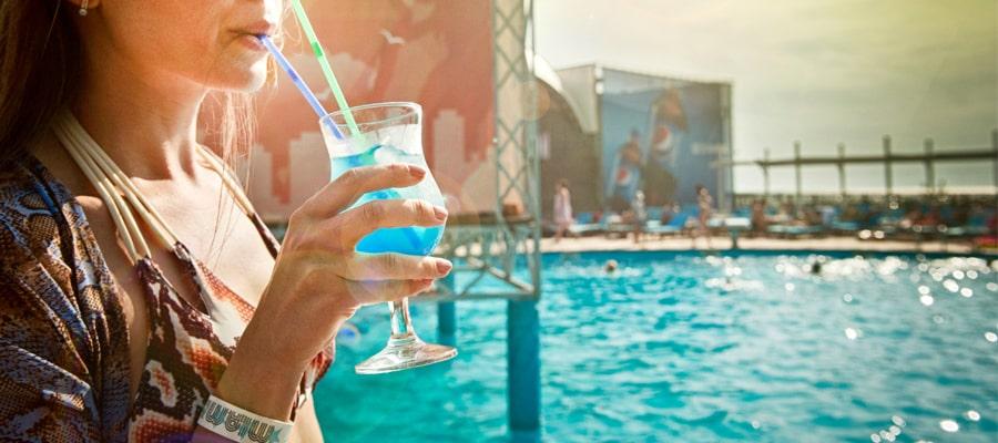 Blue curacao - pomysły na drinki - banner